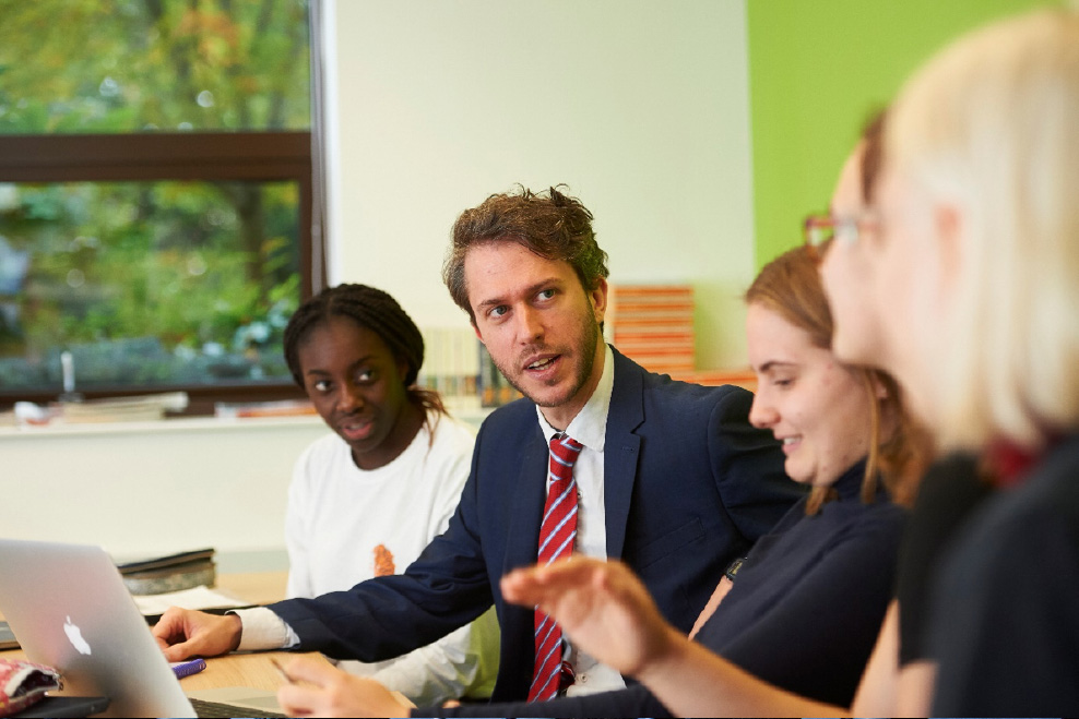 Economics-teacher-vacancies